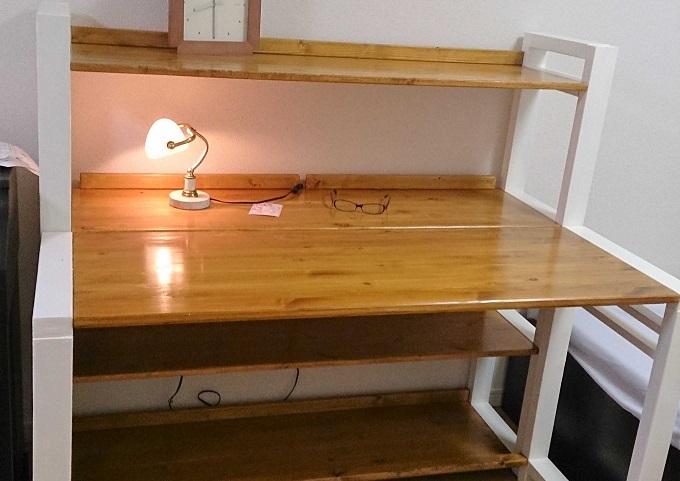 Desk_1-1-1